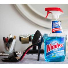 21 Genius Hacks for Fixing Ruined Clothes: Make patent leather shoes shiny again with a little bit of glass cleaner. Red Wine Stains, Floating Shelves Diy, Wine Bottle Crafts, How To Make Paper, Short Cuts, Cleaning Hacks, Cleaning Checklist, Cleaning Solutions, Life Hacks