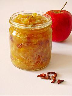 Apfel-Mango-Chutney mit Rosinen, ein schmackhaftes Rezept aus der Kategorie Saucen.