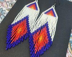 Marrakesh..Beaded Fringe Earrings Native American por hoofandarrow