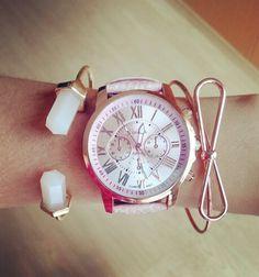 Reloj rosa pastel y pulseras moño y cuarzo rosa   Reloj en promoción $120  Pulsera moño $40 Pulsera cuarzo $50 #astromelia #accesorios #meencanta   tenemos envíos a toda la república mexicana
