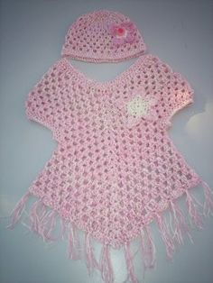 Cute Little Stay On Poncho - free pattern - sizes baby to child size 7/8.