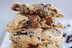 Cookies and Cream Chocolate Chip Cookies