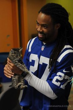 Colts Co Owner And Vice Chair Kalen Irsay And Colts Players Visited The Humane Society Of Indianapolis On Tuesday Morning