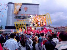 2011 Seçim Sonuçları Konya AK Parti Binası (Mobil LED Ekran)