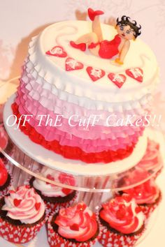 Betty Boop, she's all ruffled! - by OfF ThE CuFf CaKeS!! @ CakesDecor.com - cake decorating website