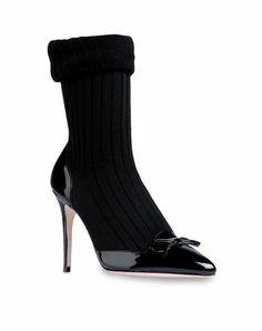 REDValentino - Pump Women - Shoes Women on Valentino Online Boutique