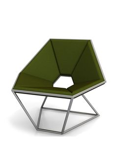 21/03/2014 - Contempo presenterà in anteprima al prossimo Salone del Mobile Hexa, la poltrona esagonale dal design geometrico e rigor