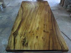 Mesa de comedor reclamado losa sólida madera de Acacia por flowbkk
