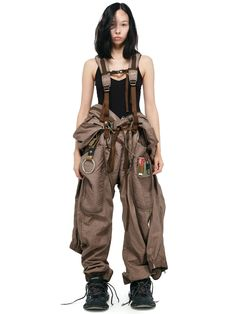 date casual outfit Mode Cyberpunk, Cyberpunk Fashion, Dystopian Fashion, Cyberpunk Clothes, Mode Apocalypse, Look Fashion, Fashion Outfits, Fashion Design, High Fashion