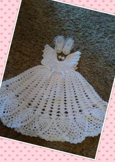 gorgeous 3 piece baby christening set, gown ,shoes and hairclip