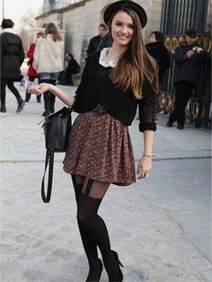 Black sweater with floral skirt Pull noir, mini jupe , collants et bottes , tendance mode 2014 !!! http://www.pinterest.com/adisavoiaditrev/