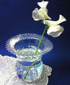 Váza z plastovej fľaše
