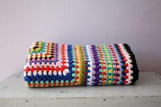 háčkovaný přehoz na postel