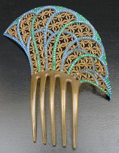 Art Deco celluloid comb.
