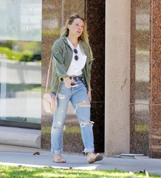 2017 07 07 Hilary Duff out and about in LA 000015
