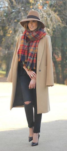 #fall #fashion / camel coat + tartan sacrf