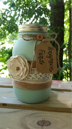 What an adorable way to save for your honeymoon. Better yet what a perfect gift to give to a very special couple for their wedding day. This jar can be set up at your bridal shower and your wedding. This jar has a regular mason jar lid. Coin slot lids arr an additional $3 and you will need to submit a custom order request in order to receive the slot lid. Please allow 2 weeks for processing.