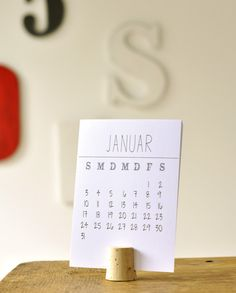 Papier Kalender 2016 DIN A6 mit Korkhalter von DieFranzinellis auf DaWanda.com