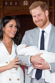 Royal Baby Master Archie Harrison Mountbatten-Windsor Thé Serviette 50 cm x 34 cm