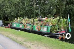 """I always love seeing how people decorate their narrow boats. There seems to be an unspoken agreement that quirky is the way to go."""