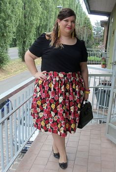 #outfit #plussize #psblogger @Scintillante Come la Glassa #ananya black, yellow and floral