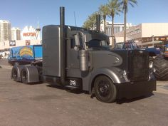 custom semi trucks | Custom semi trucks / Freightliner Classic XL - Specs, Videos, Photos ...