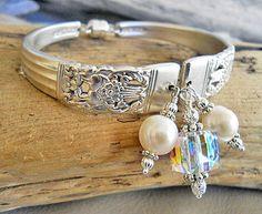 Spoon Bracelet - Coronation Silver Plated Spoon Bracelet with Genuine Pearls and Swarovski Cube Silver Spoon Jewelry, Fork Jewelry, Silverware Jewelry, Metal Jewelry, Beaded Jewelry, Jewelry Bracelets, Jewelery, Vintage Jewelry, Handmade Jewelry