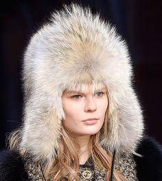 Самые крутые шапки этой осени и будущей зимы