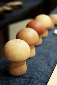 展示中の作品(木の暮らし展) - 森の響 公式ホームページ