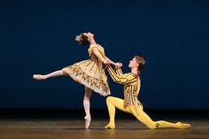 Jaimie Tapper and Rupert Pennefather in Birthday Offering / Photo © Dee Conway/ROH