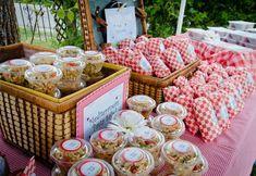 décoration pour anniversaire du buffet de gourmandises pique-nique #party #ideas
