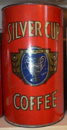 Silver Cup Coffee Coffee Stands, Coffee Tin, Coffee Corner, Coffee Cafe, Coffee Shop, Vintage Tins, Vintage Coffee, Vintage Kitchen, Vintage Antiques