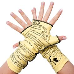 The Wonderful Wizard of Oz Writing Gloves