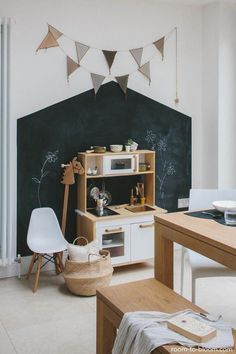 kids room decore – Embellishing your kid's space can be quite a job. Yet with very little initiative, you can produce an area that will grow with your kid. Trying to find some ideas? Browse through these imaginative kids space enhancing ideas that you can Playroom Design, Kids Room Design, Playroom Decor, Playroom Ideas, Decor Room, Room Interior, Interior Design, Kids Room Organization, Home Decor Bedroom
