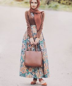 Would you wear this outfit?! @taslim_r #chichijab