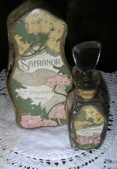 "ANTIQUE FRENCH L.T PIVER PARIS ""SAFRANOR"" PERFUME BOTLE IN ORIGINAL BOX"