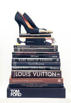 36ffcc26e49c0 Great coffee table Books Fashion Decor