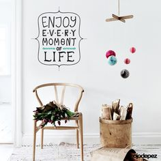 Vinilos decorativo Frase 014:Enjoy every moment of life. (Disfruta cada momento de la vida). Frases en vinilo Vinilos decorativos Frases Vinilos adhesivos Wall Art Stickers wall stickers