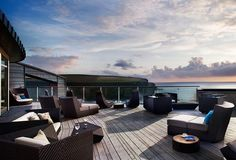 Imagine chilling out on this cliff-top terrace with your pooch.The Scarlet, a boutique dog-friendly (and eco-friendly!) hotel near Newquay in Cornwall Spa Luxe, Luxury Spa, Luxury Hotels, Spa Breaks Uk, Spas, Decks, Cornwall Hotels, Cornwall Coast, North Cornwall
