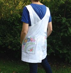 Crossover Apron Made From Vintage by didyoumakeityourself on Etsy