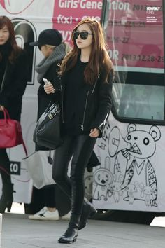 Jessica SNSD131130 @ INCHEON AIRPORT Cr: HEAVENLY FOREST