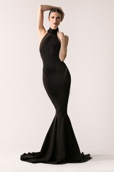 [[MORE]] Michael Costello Fall/Winter 2016 Collection Source High Fashion Poses, Fashion Model Poses, Fashion Shoot, Fashion Models, Fashion Dresses, Studio Poses, Fashion Photography Poses, Photography Kids, Mode Chic