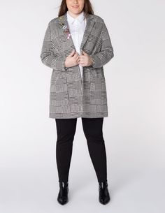 Oversized houndstooth blazer in Black / White designed by Samoon to find in Category Jackets & Blazers at navabi.de