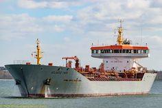 ATLANTIC TWIN Oil Tanker, Merchant Marine, Sailing Ships, Boats, Twin, Ships, Baltic Sea, Merchant Navy, Twins