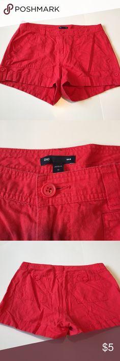 🎉Host Pick 🎉 Gap size 10 linen shorts Gap size 10 linen shorts smoke free home Shorts