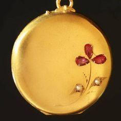 Pretty locket