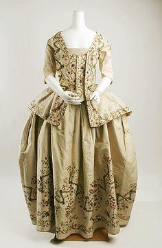 Petticoat  Date: ca. 1780 Culture: French Medium: silk, metallic thread, linen Dimensions: Length at CB: 40 3/4 in. (103.5 cm) Credit Line: Catharine Breyer Van Bomel Foundation Fund, 1978 Accession Number: 1978.63.2