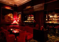 Le + haute couture : Le Mathis Bar