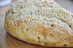 5 korns brød bagt i gryde Korn, Bread Baking, Hamburger, Baking, Burgers