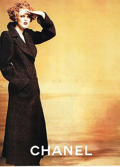 PUBLICITE 1997 CHANEL haute couture 1 Karen Elson, Werbung, Herbst Winter,  Alltagsmode, 30fbdc603b1
